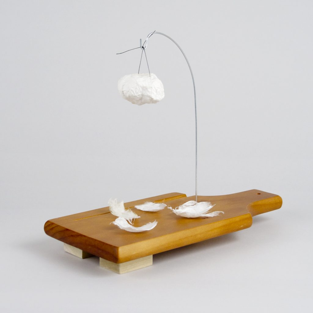 B. Wurtz Untitled (7913), 2015 Cast kobo with string, wire, cutting board, and wood 26,7 × 33 × 14 cm. Courtesy of Office Baroque.