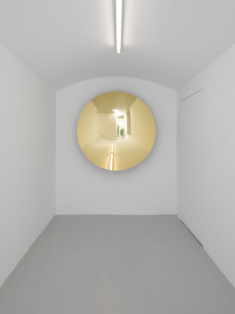 Anish Kapoor, Lisson Gallery Milan, 13 May- 22 July 2016, Installation view. Copyright Anish Kapoor; Courtesy Lisson Gallery. Photography: Jack Hems.