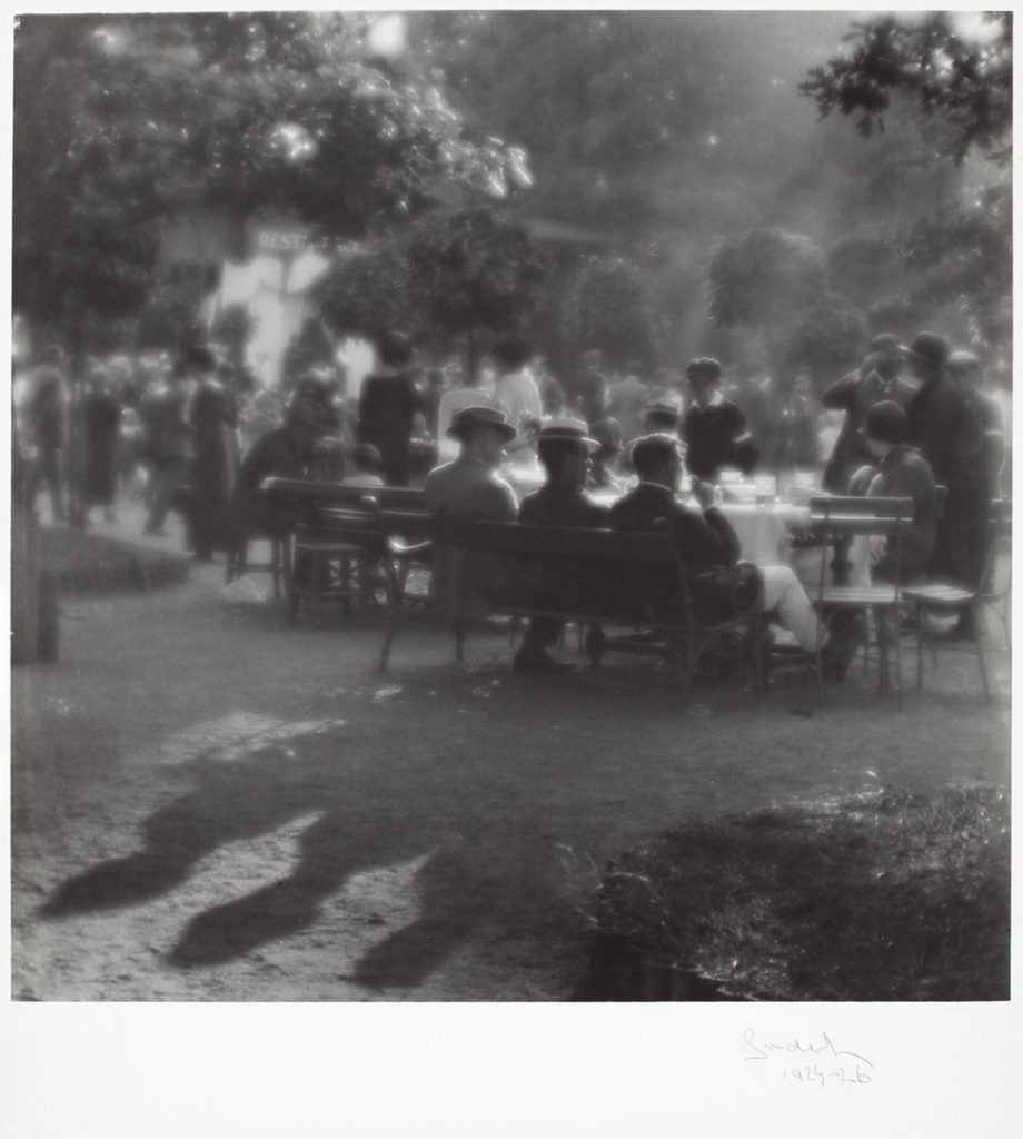 Josef Sudek, Sunday Afternoon on Kolín Island, c. 1922–26 gelatin silver print, 28.4 × 28.7 cm. National Gallery of Canada, Ottawa. Purchased 2000 © Estate of Josef Sudek.
