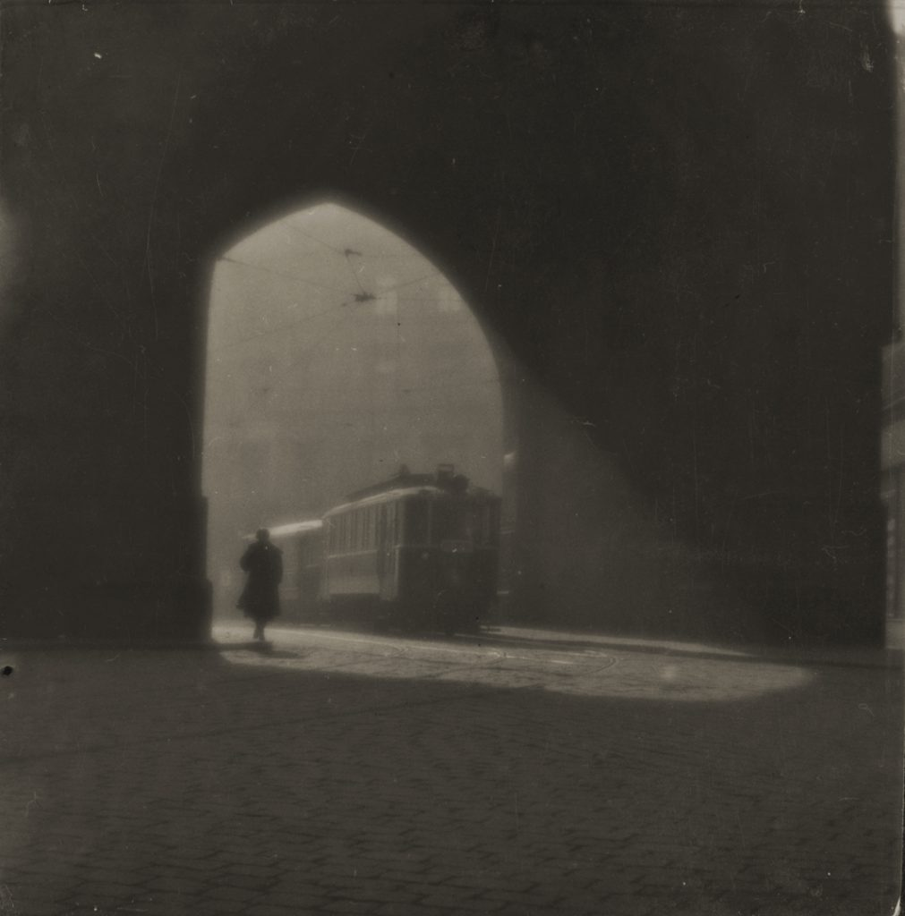 Josef Sudek, Prague Street, 1924 gelatin silver print, 8.3 × 8.2 cm National Gallery of Canada, Ottawa. Gift of an anonymous donor, 2010 © Estate of Josef Sudek.