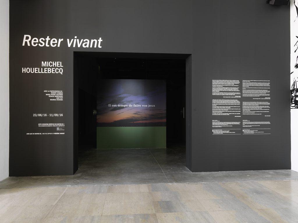Exhibition view of Michel Houellebecq, Rester vivant, Palais de Tokyo (23.06 – 11.09.2016). Photo : André Morin.