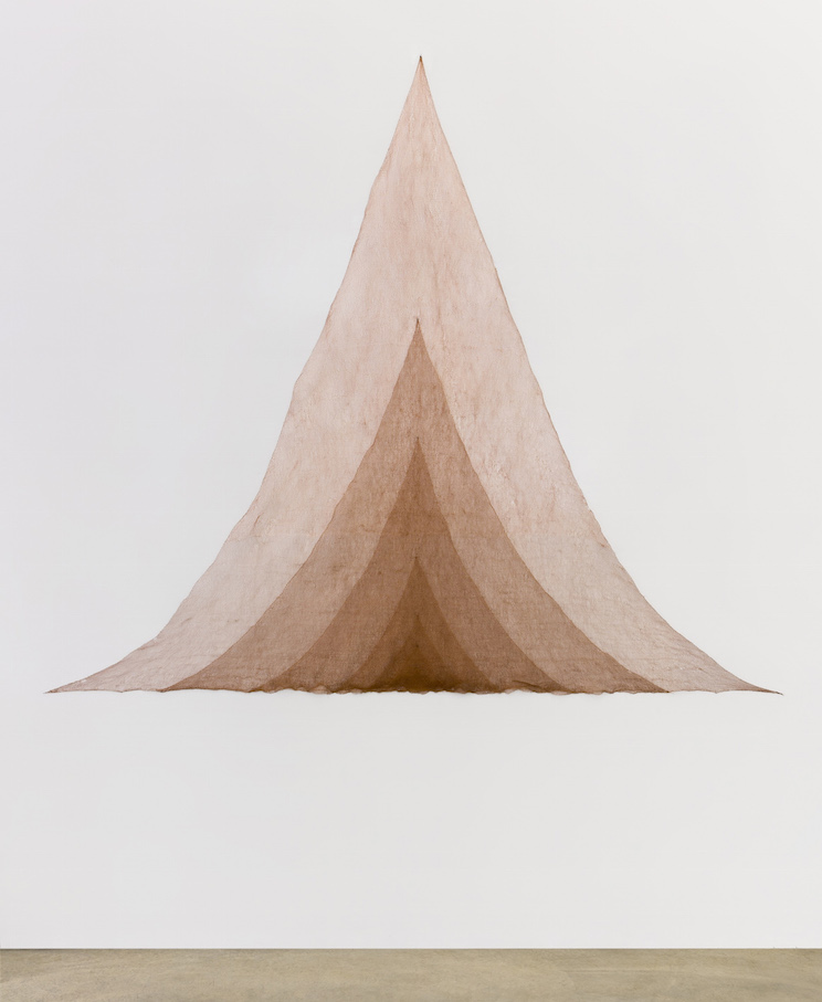 Marisa Merz Untitled 1980 Copper wire 240 x 280 cm / 94 1/2 x 110 1/4 in © Marisa Merz Collection of the artist, courtesy Fondazione Merz, Turin Photo: Renato Ghiazz