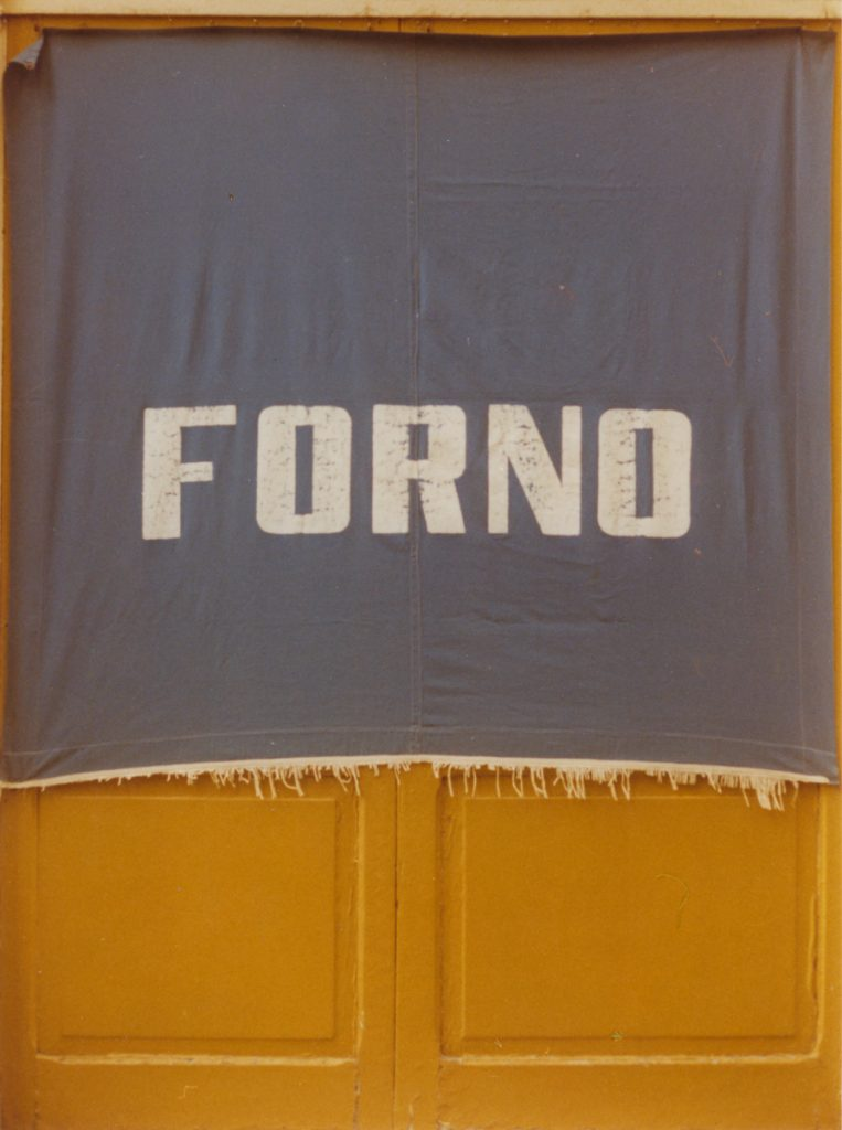 Luigi Ghirri, Modena (Serie: Catalogo), 1972 c-print, vintage, image 14.7 x 10.8 cm, framed 34 x 29 x 3 cm. Courtesy of Mai 36 Galerie, Zürich.