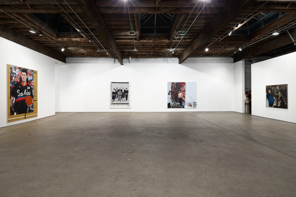 Installation view Jonas Wood 'Portraits'. Courtesy Anton Kern Gallery, New York / © Jonas Wood.