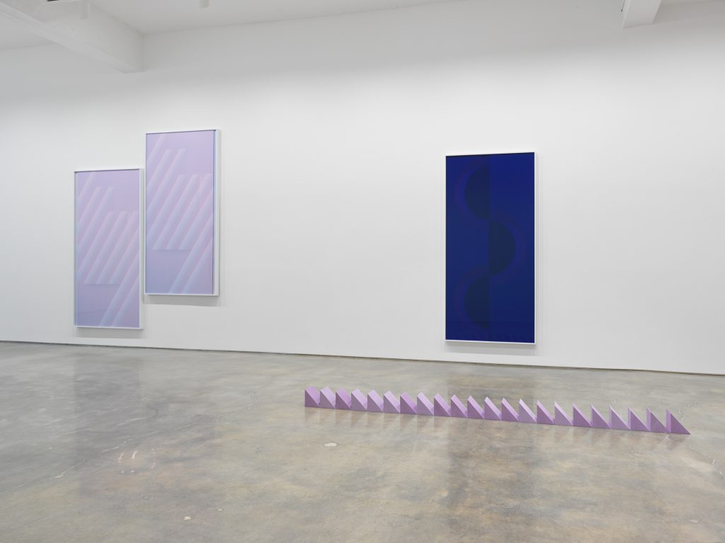 Sara VanDerBeek, Pieced Quilts, Wrapped Forms. Installation view, 2016. Metro Pictures, New York. Photo: Genevieve Hanson Courtesy of the artist and Metro Pictures, New York