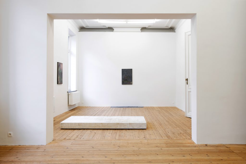 Exhibition view 'David Maljković 'AAASSEMBLAGE'. Courtesy of Dvir Gallery.