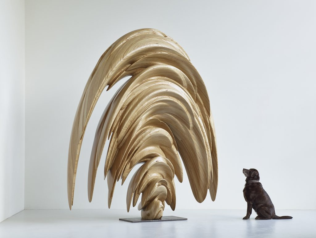 Tony Cragg Ginko, 2015 Wood 280 x 74 x 232 cm 19 5/8 x 15 3/4 x 11 3/4 in © Tony Cragg; Courtesy Lisson Gallery