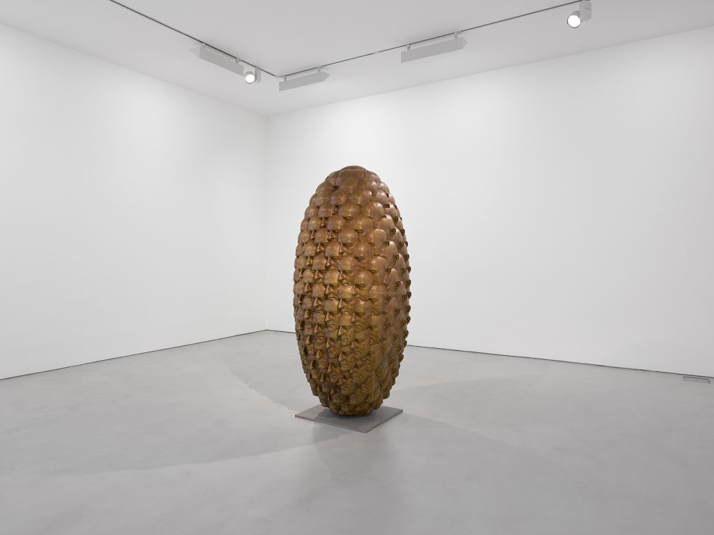 Installation view: 'Tony Cragg', 1 October – 5 November 2016 © Tony Cragg; Courtesy Lisson Gallery Photography by Jack Hems