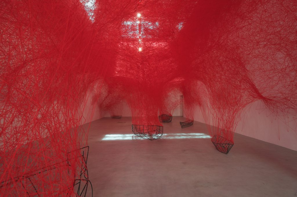 Chiharu Shiota, Uncertain Journey, 2016, Installation view, Courtesy the artist and BlainSouthern, Photo Sunhi Mang