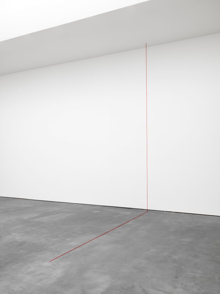 Untitled (Right-angled Construction), 1987 Dark red acrylic yarn Situational: spatial relationships established by the artist; overall dimensions vary with each installation © 2016 Fred Sandback Archive; courtesy David Zwirner, New York/London