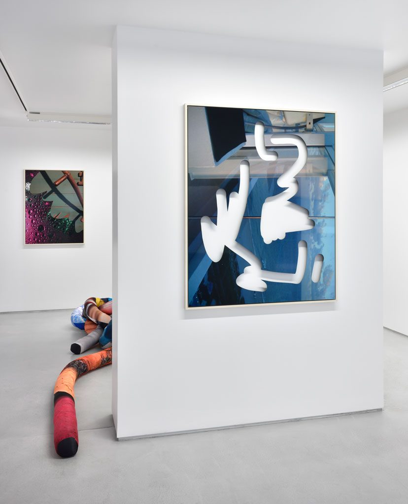 Kate Steciw Solo show exhibition views. Courtesy the artist and Galerie Christophe Gaillard. Photos : Rebecca Fanuele.