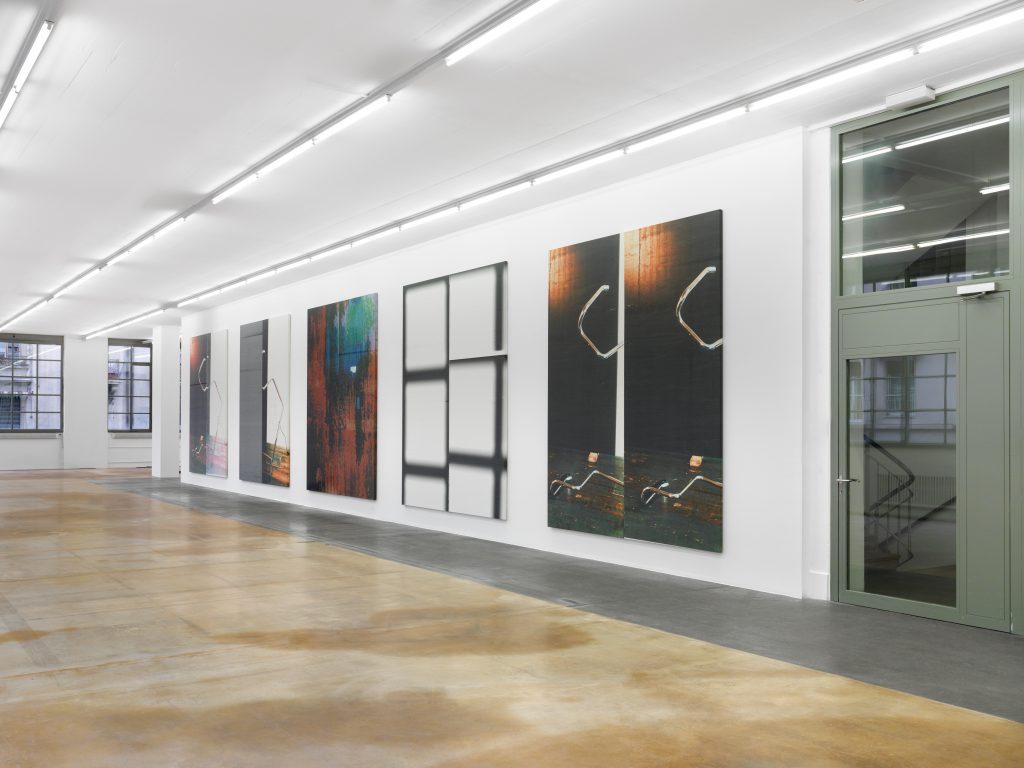 View of Wade Guyton's exhibition, courtesy: the artist, New York, MAMCO, 2016. Photo: Annik Wetter — MAMCO, Geneva