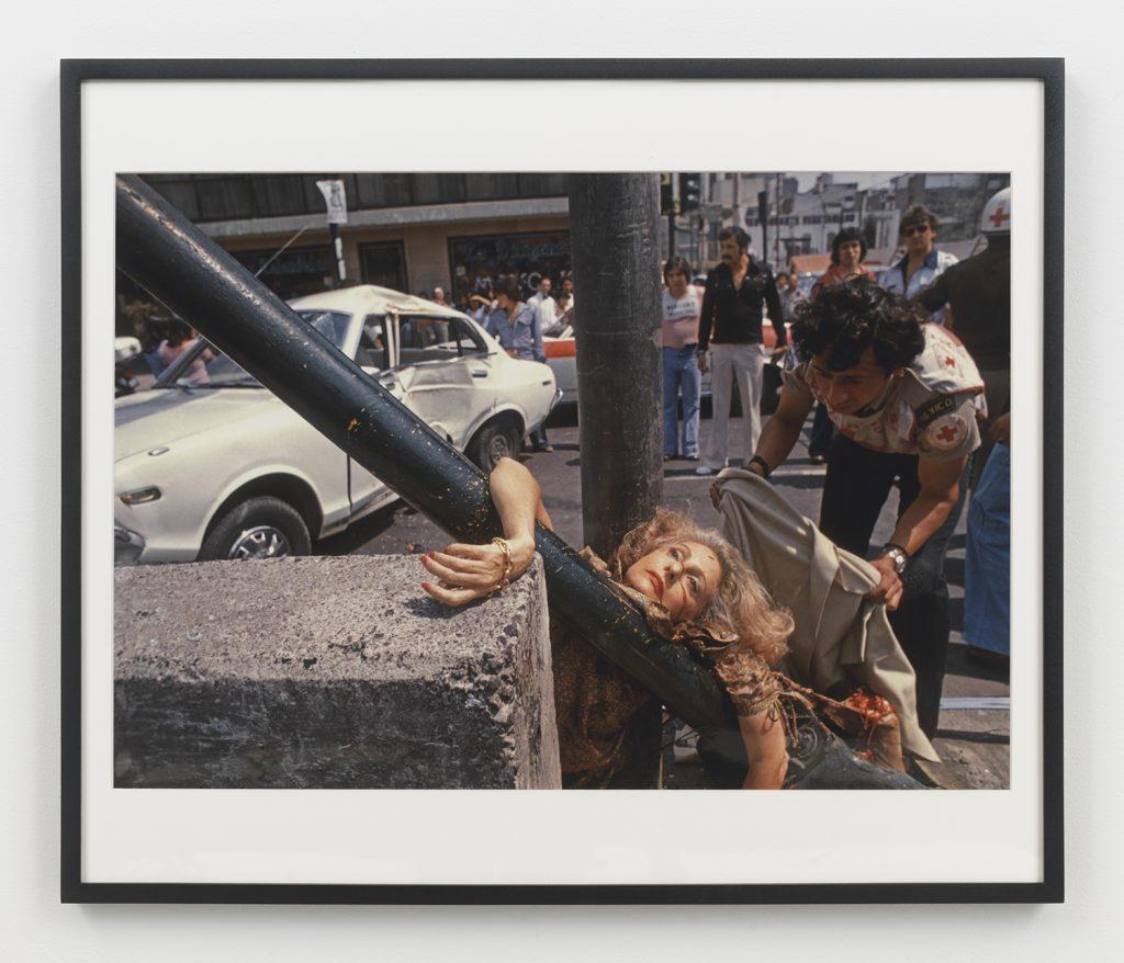 Enrique Metinides, Untitled (Primer plano de mujer rubia arrollada e impactada contra un poste, en avenida Chapultepec, Ciudad de México), 1979 Color photograph, 20 x 24 inches (paper), 21 1/4 x 25 1/8 (framed). Edition 4 / 15. Courtesy Anton Kern Gallery.