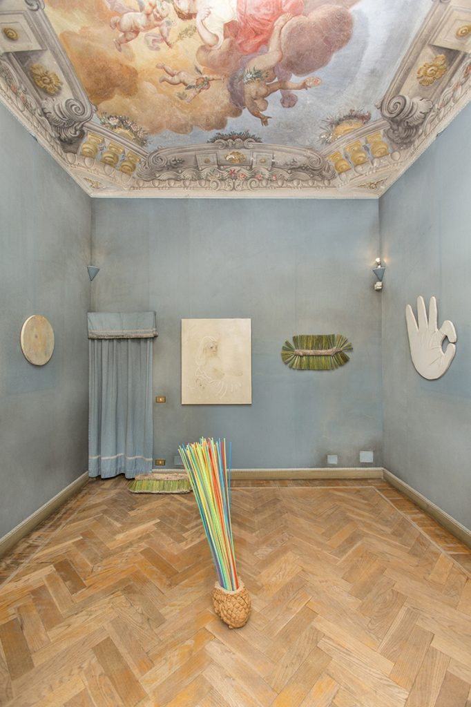 Tobias Naehring, Sophie Reinhold / Jan Bünnig, Installation view at DAMA. Courtesy of Tobias Naehring and DAMA, Turin.