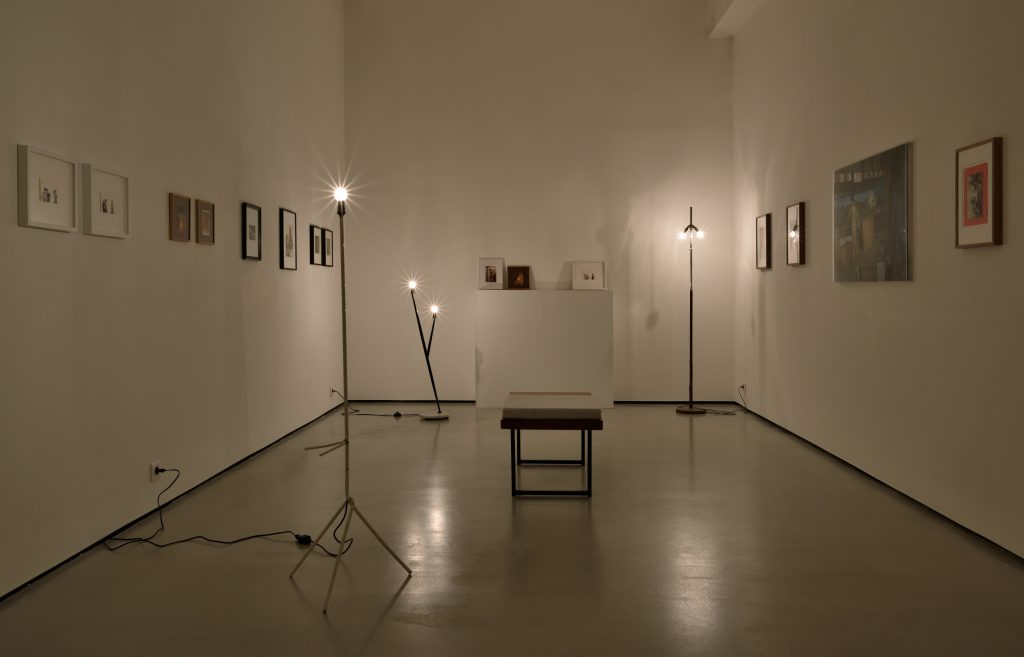 'Photos d'Identités' Installation view. Courtesy Galerie Christophe Gaillard.