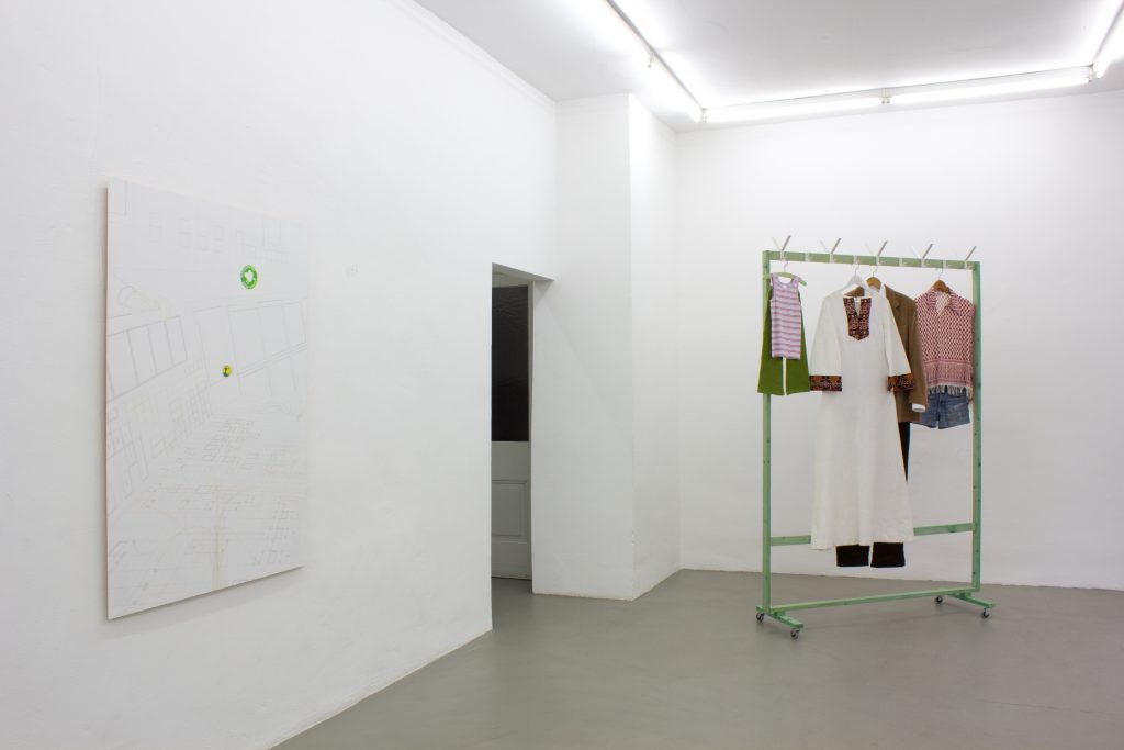 Silke Schatz, Installation view Meyer Riegger Karlsruhe, 2016. Courtesy Meyer Riegger.